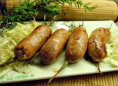 Salsicce al rosmarino, ricetta di fine estate