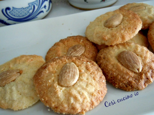 Biscotti di riso e mandorle-Così cucino io