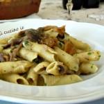 Garganelli alla salsa di finferli e chiodini, ricetta di stagione