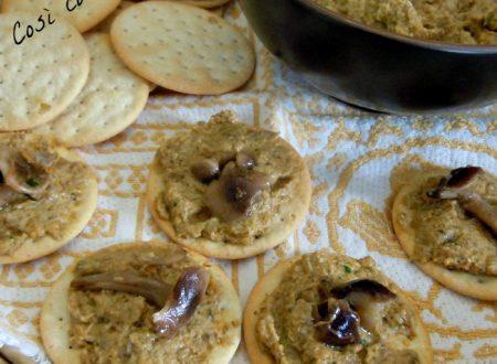 Crostini con salsa di funghi, ricetta di stagione