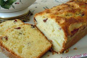 Plumcake melapera e mirtilli rossi, ricetta senza burro