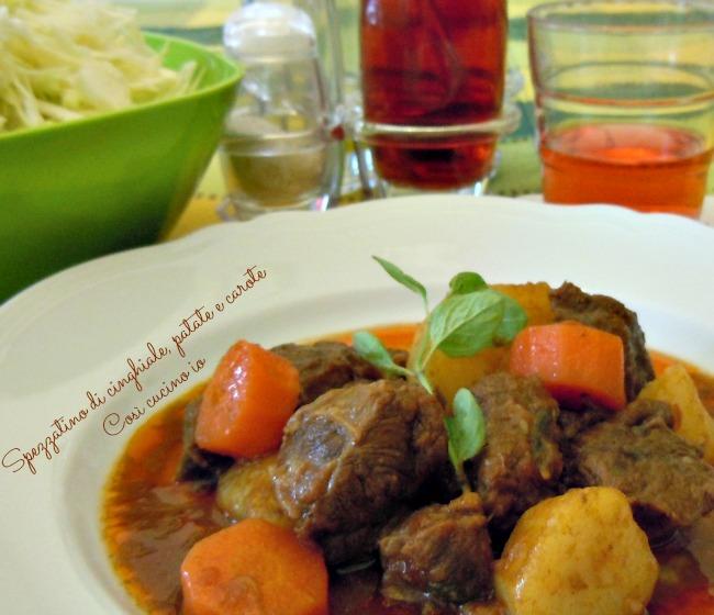 Spezzatino di cinghiale, patate e carote-Così cucino io