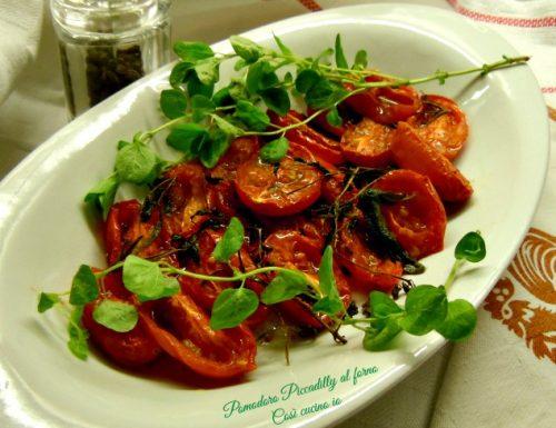 Pomodorini al forno profumati all'origano fresco