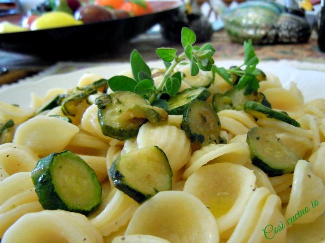 Orecchiette zucchine eorigano fresco-Così cucino io