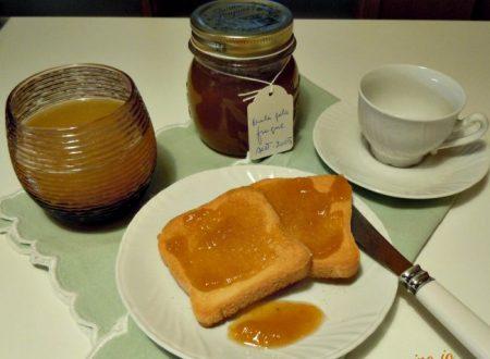 Marmellata di prugne e mele gala