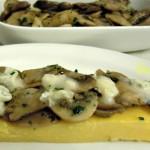 Crostino di polenta funghi e gorgonzola