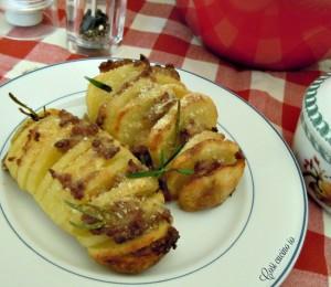 Patate fisarmonica alla salsiccia-Così cucino io