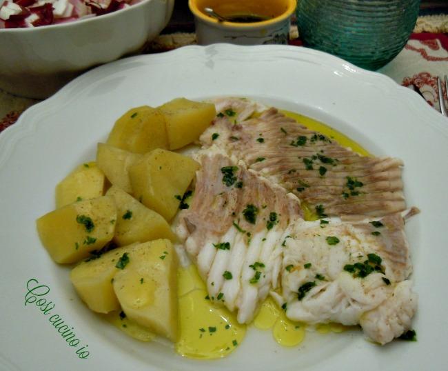 Pesce razza bollito con patate al vapore ricetta light for Pesce rosso razza