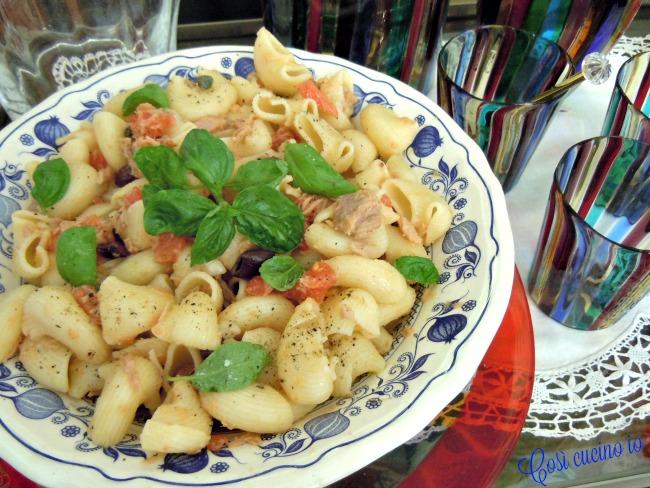 Insalata di pasta al tonno e olive taggiasche - Così cucino io