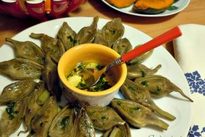 Carciofini al vapore olio aglio e prezzemolo