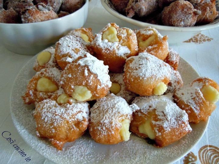 Frittelle con crema pasticcera - Così cucino io