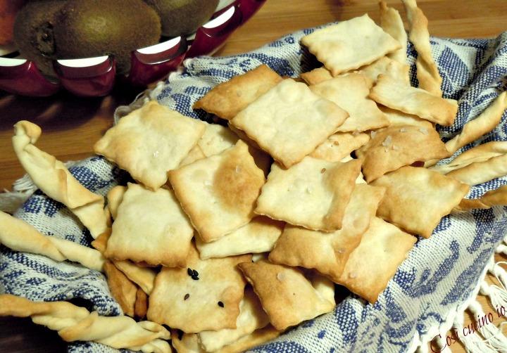 Crackers e grissini con esubero di LM - Così cucino io