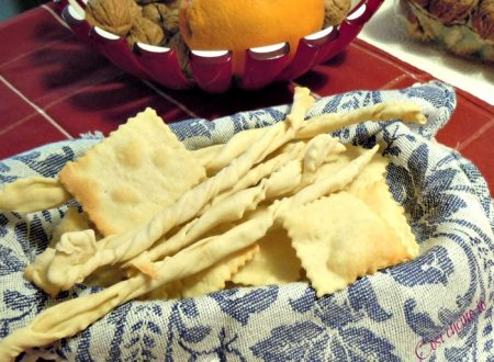 Crackers e grissini con esubero di pasta madre