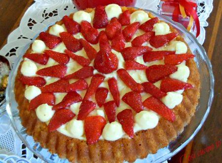 Torta chantilly alle fragole