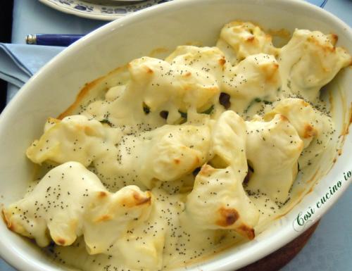 Fagottini di crepes ricotta e spinaci