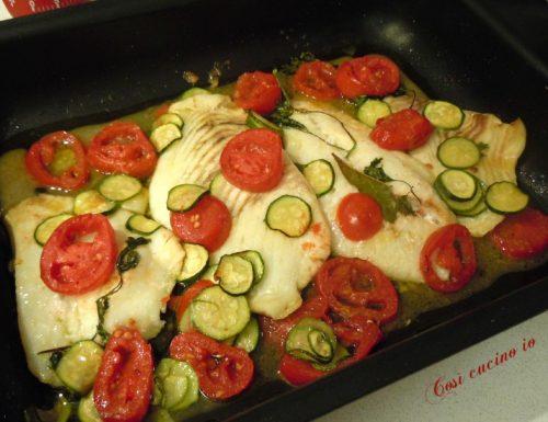 Filetti di rombo al forno con piccadilly e zucchine