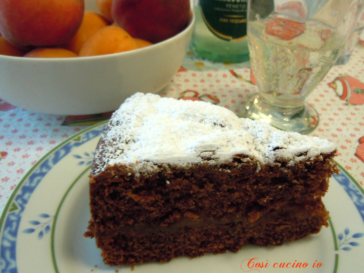 Torta al cioccolato e marmellata albicocche - Così cucino io