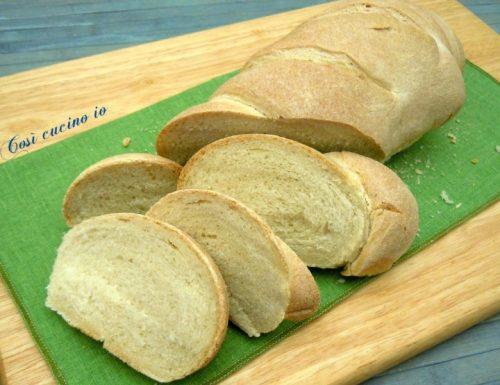 Filone di pane domenicale alle 3 farine