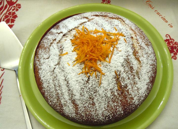 Torta di yogurt all'arancia