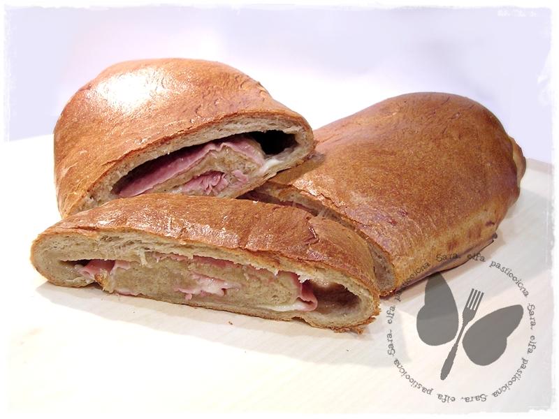rotolo di pane integrale farcito
