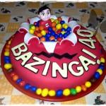 """Torta di compleanno """"BAZINGA!"""" in pasta di zucchero"""