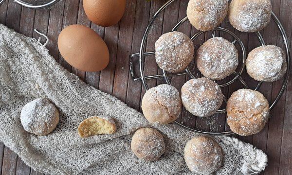 Biscotti morbidi al farro e limone