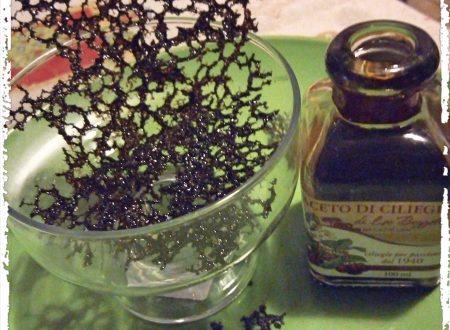 Cialda all'aceto balsamico di ciliegia
