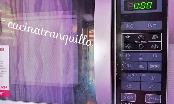 In cucina con Emanuela: Il forno a microonde, qualche regola per stupire