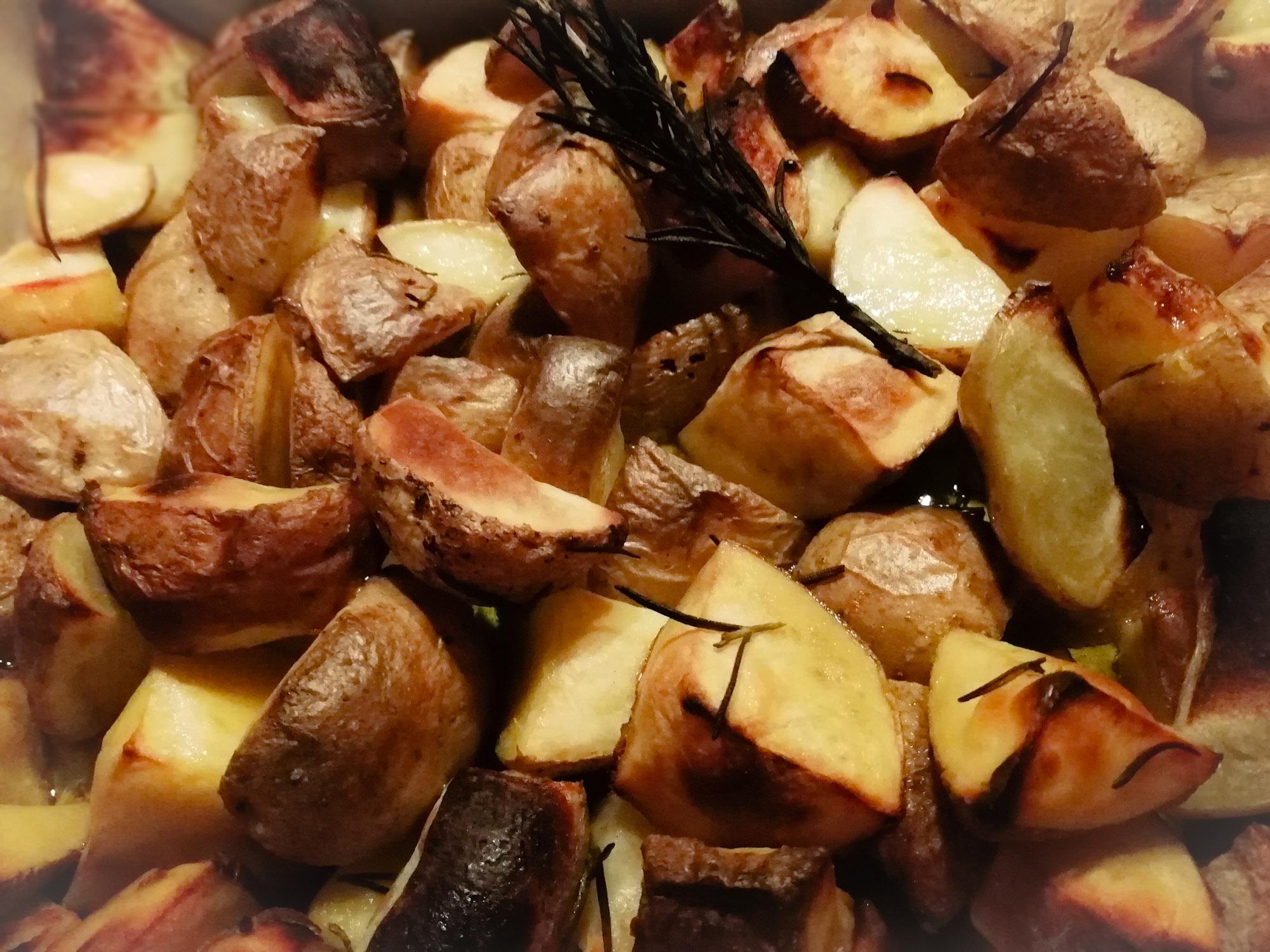 Patate al forno (con buccia)