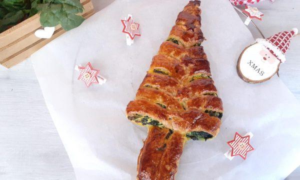 Albero di Natale con ricotta e spinaci
