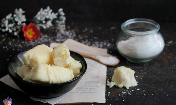 Cioccolatini bianchi al cocco