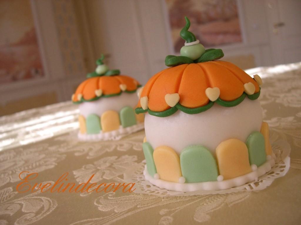 Evelindecora Torta in pasta di zucchero in stile Halloween