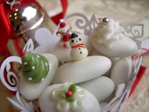 Confetti decorati con pasta di zucchero