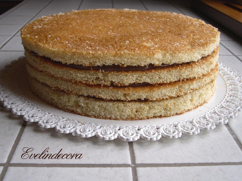 Favoloso Torta decorata con pasta di zucchero e ghiaccia reale ZG39