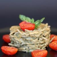 Trofie al pesto cremoso e pomodorini