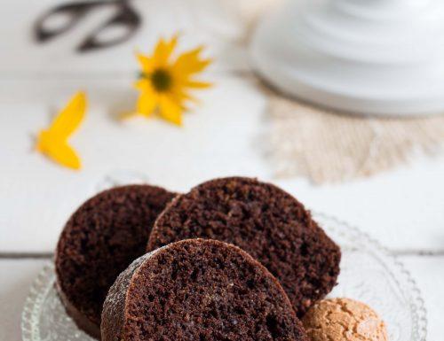 Ciambella amaretti e cacao