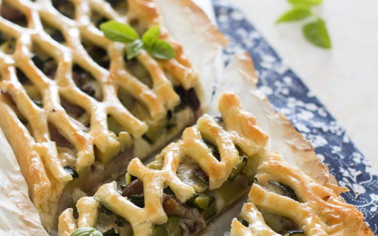 Torta salata zucchine e funghi