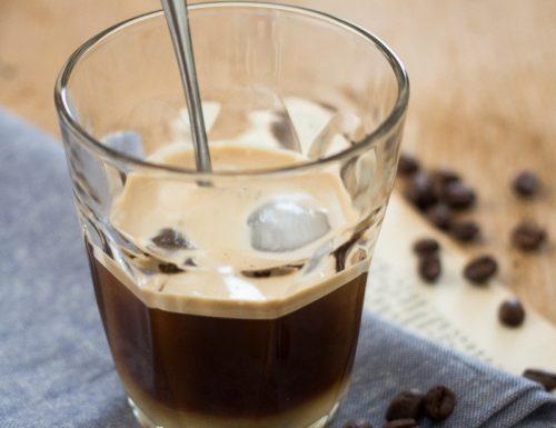 Caffè leccese con sciroppo di mandorle
