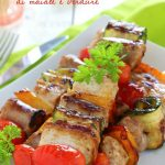 Spiedini di maiale e verdure