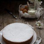 Torta sette vasetti con yogurt