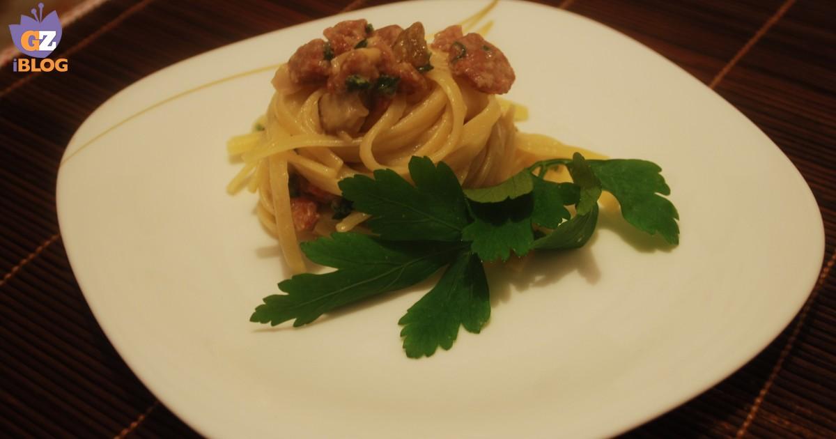Pasta con porcini salsiccia e fonduta facile cucinare for Cuocere v cucinare