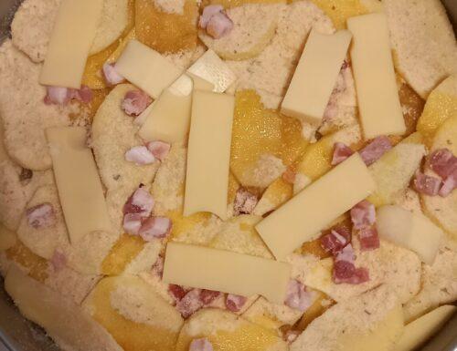 Sformato di patate con pancetta e formaggio