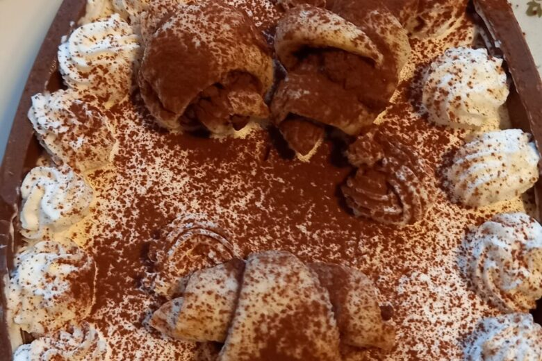 Tiramisù con mascarpone di uova di cioccolato