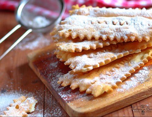 Chiacchiere di Carnevale: ricetta siciliana
