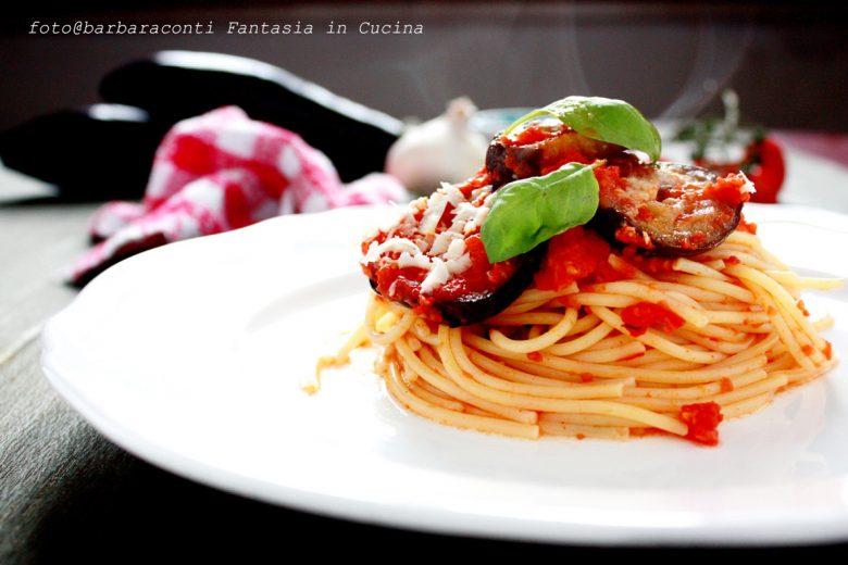Spaghetti alla Norma – ricetta siciliana