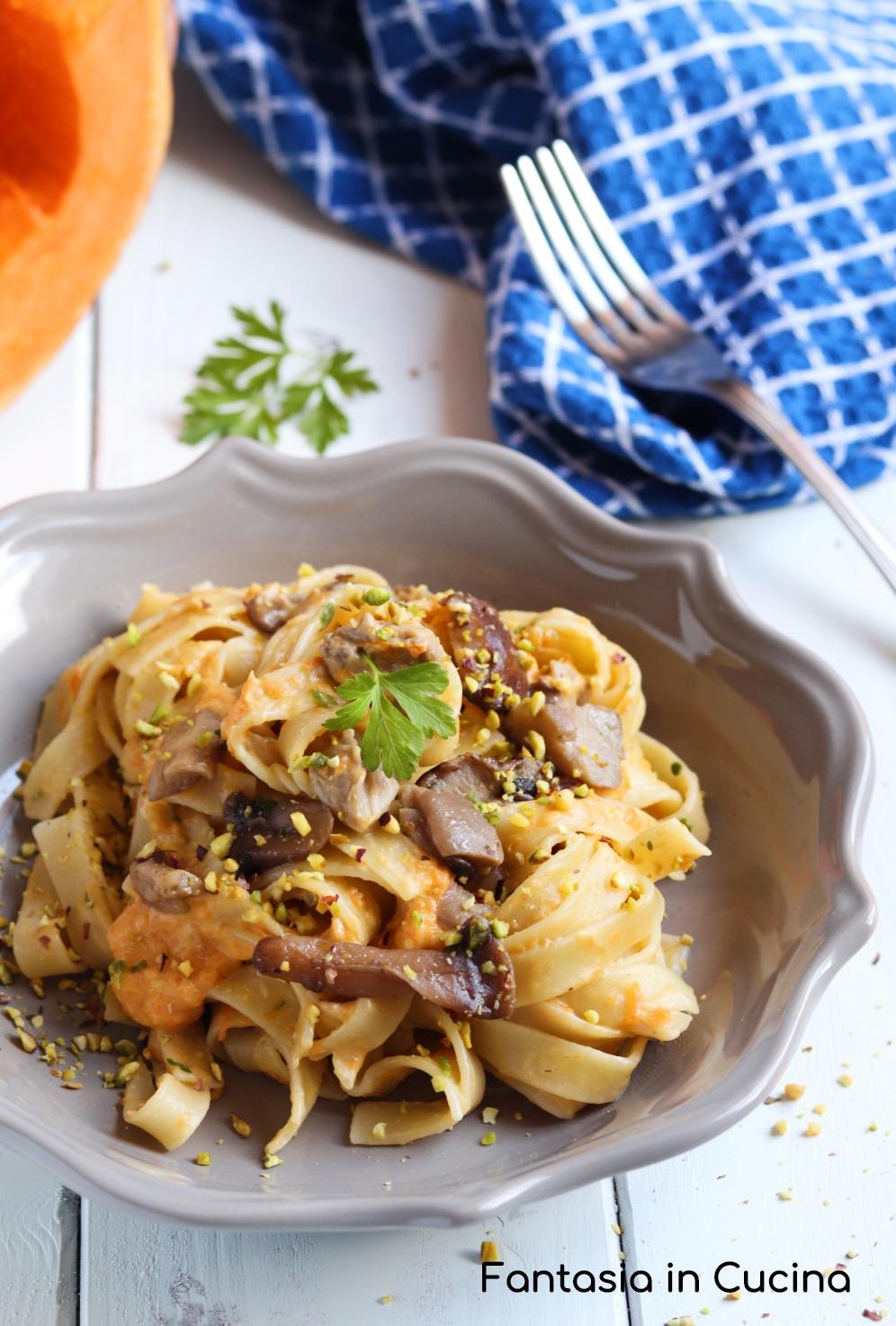 Ricetta pasta fresca con zucca e porcini