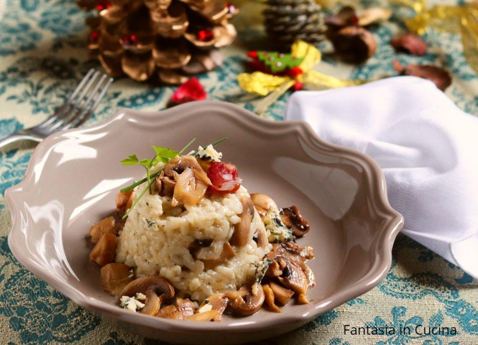 Risotto con funghi e salsiccia al gorgonzola