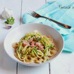 Ricetta farfalle zucchine e salmone cremose
