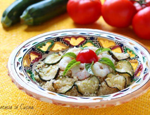 Cous cous veloce con zucchine e gamberi