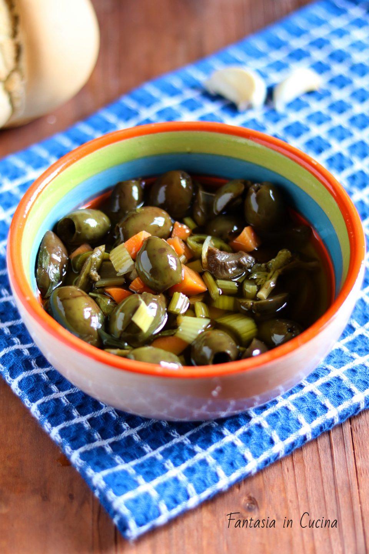 Olive verdi schiacciate ricetta siciliana